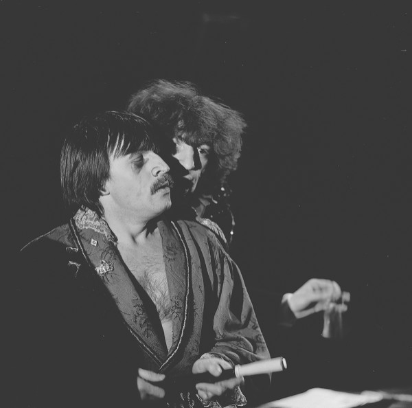 «Николай Гоголь. Нос», спектакль Чет-Нечет-Театра, 1988 ... Нос Гоголь